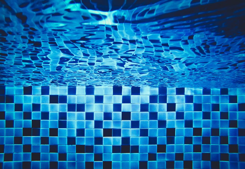 sistema de filtrado mantenimiento piscina